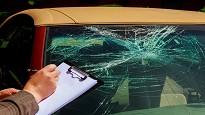 Incidente auto danneggiata