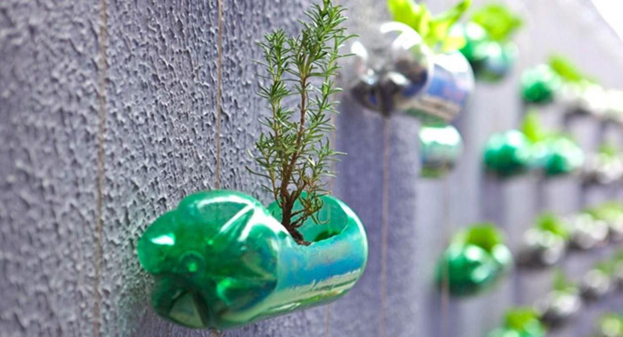 10 idee creative per riciclare le bottiglie di plastica