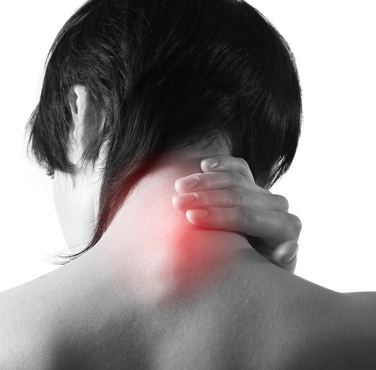 5 rimedi naturali per il dolore cervicale