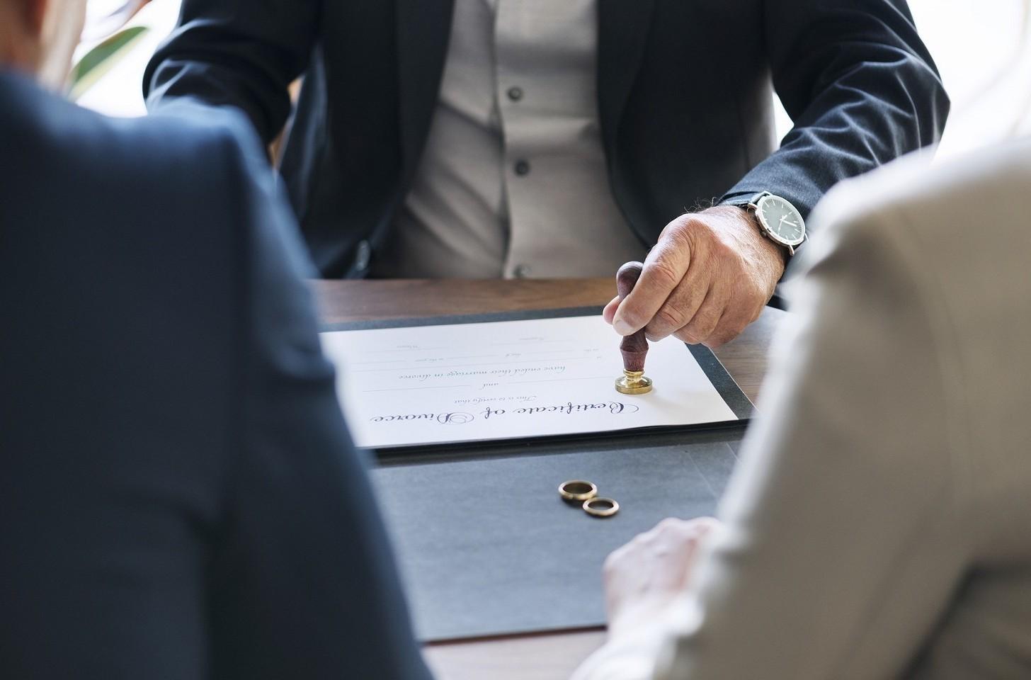 Affidamento del figlio maggiorenne in caso di divorzio. Come funziona