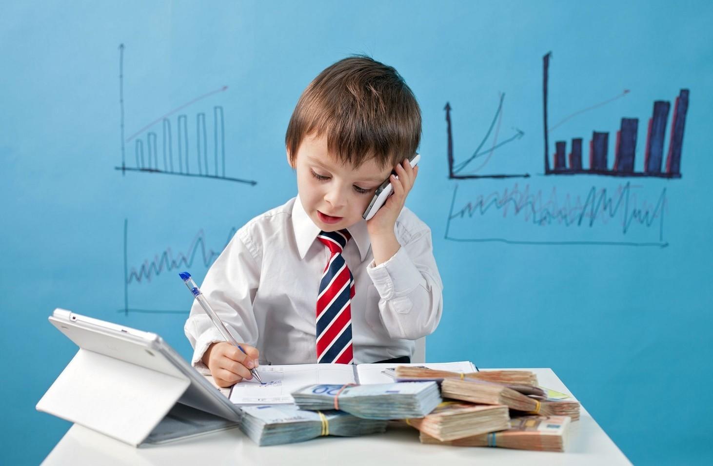 Assegno di mantenimento se il figlio viene disconosciuto deve essere dato o no