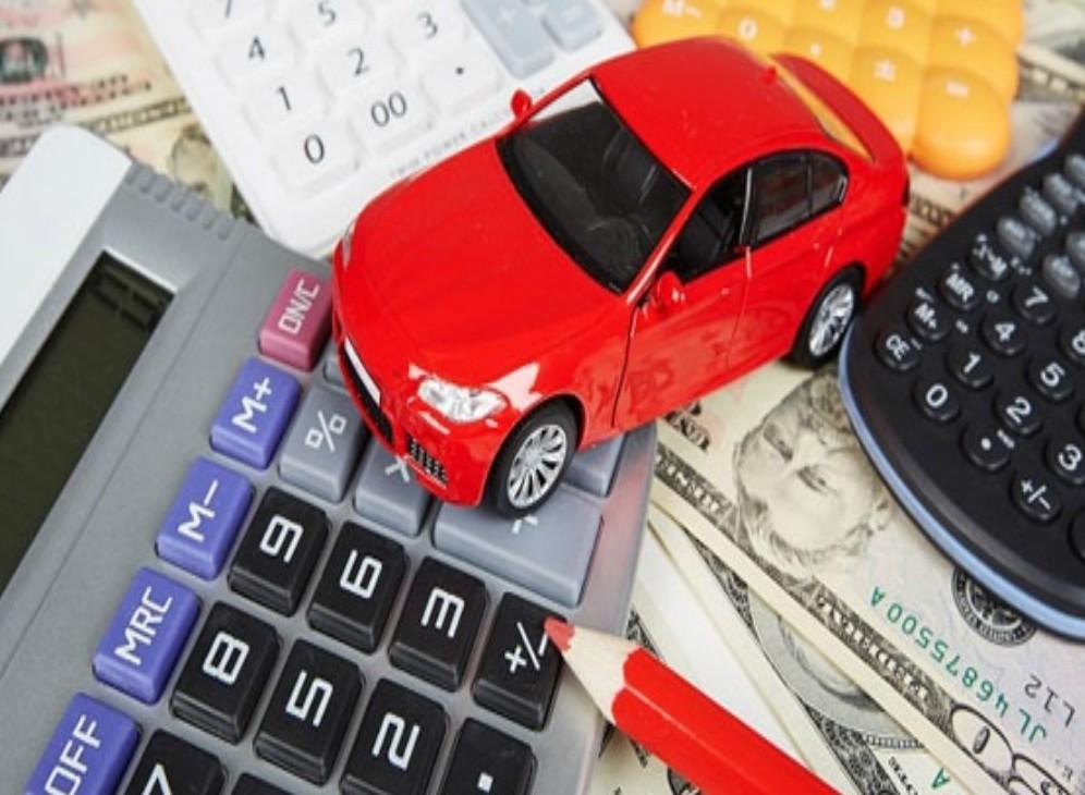 Assicurazione auto copre il furto di auto in box con scasso o senza