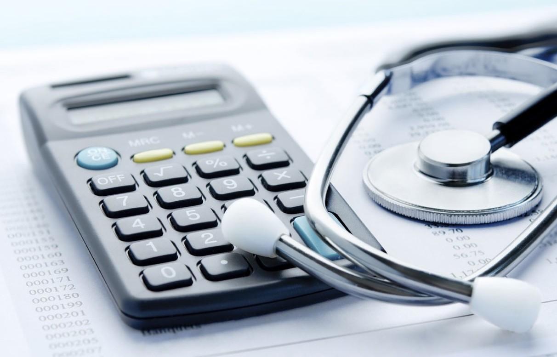 Assicurazione sanitaria per l'estero: conviene farla?