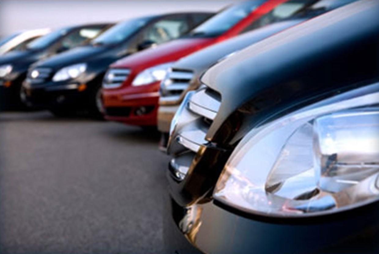 Auto a km 0: i controlli da fare prima dell'acquisto