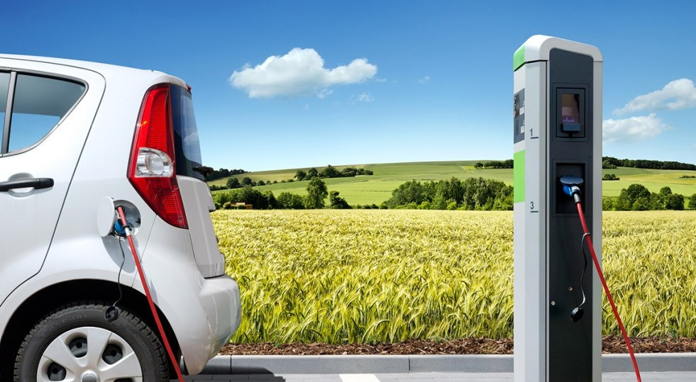 Auto elettriche: è proprio vero che non inquinano?