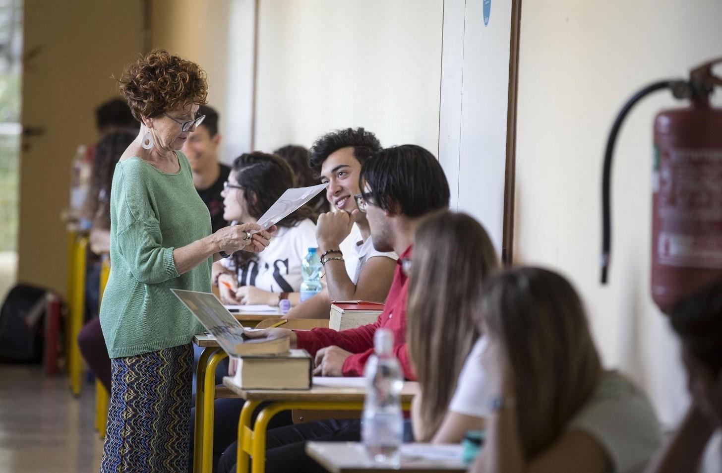 Busta paga docenti 2020 come leggere voci cedolino contratto nazionale scuola