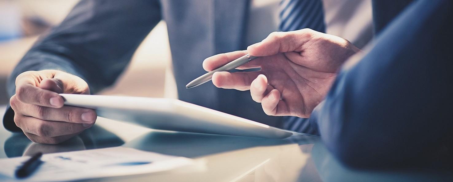 CCNL dirigenti industria: preavviso, licenziamento e buonuscita