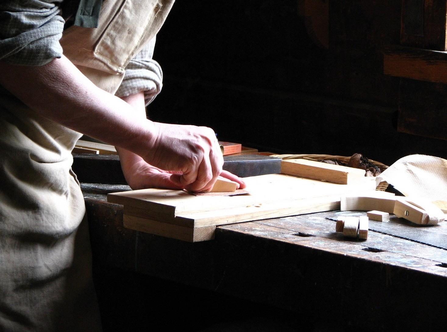 Ccnl Metalmeccanici e Ccnl metalmeccanici artigiani differenze nei contratti