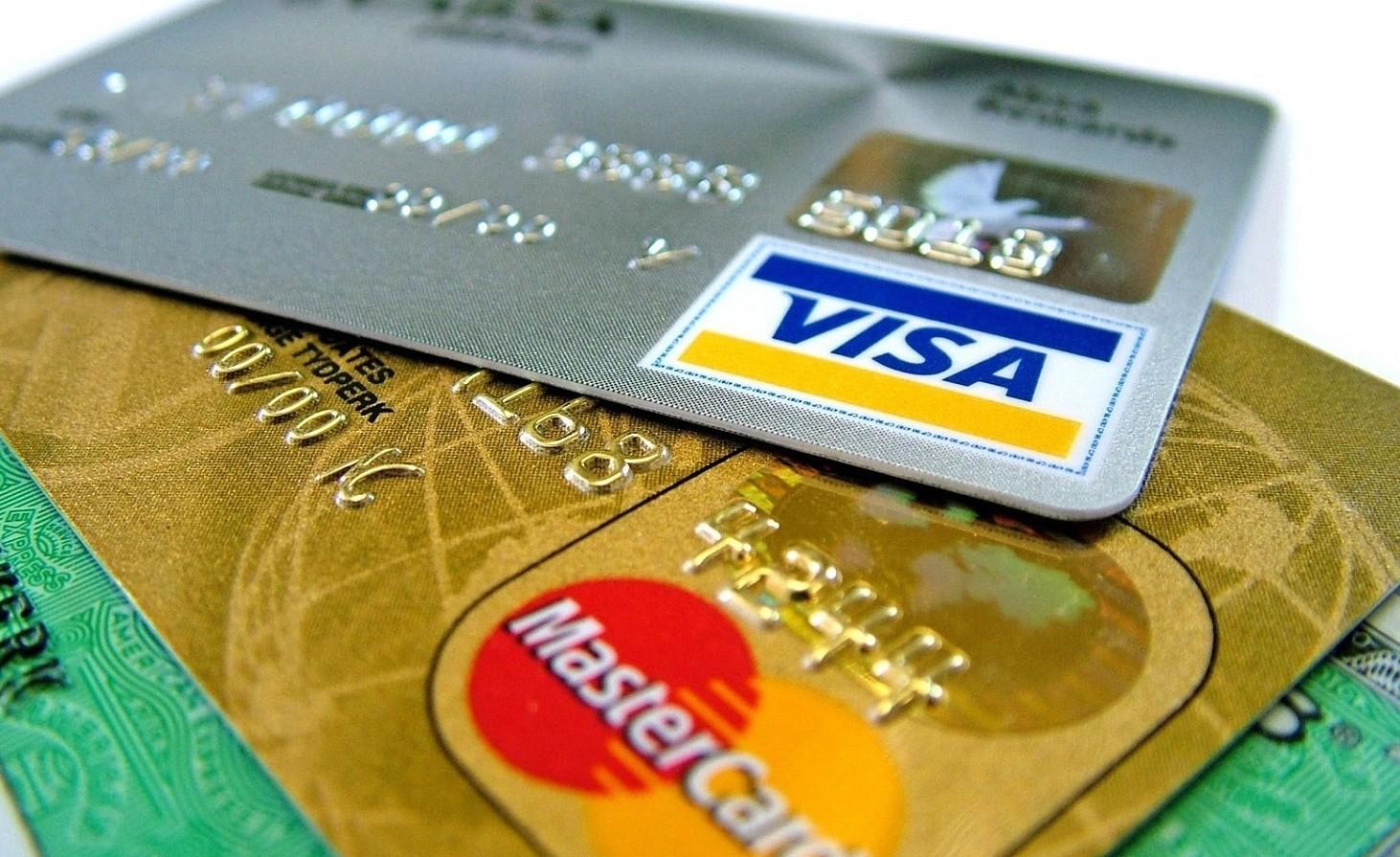 Clonazione carta di credito: denuncia e rimborso