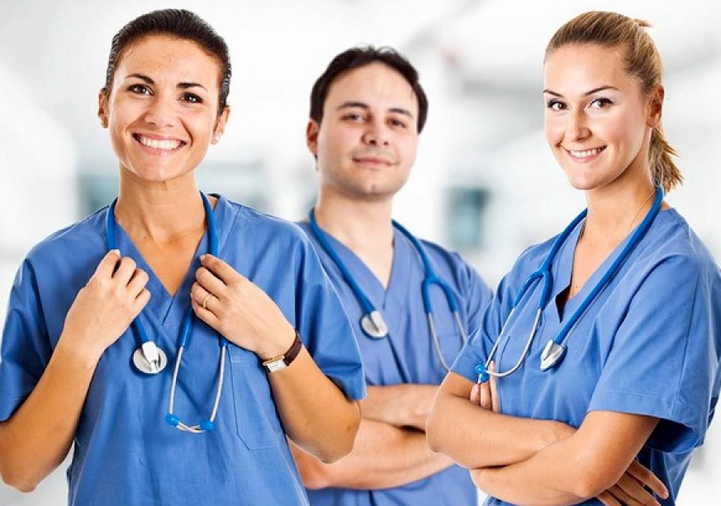 Come diventare OSS: requisiti, scuola corsi per essere operatore socio sanitario
