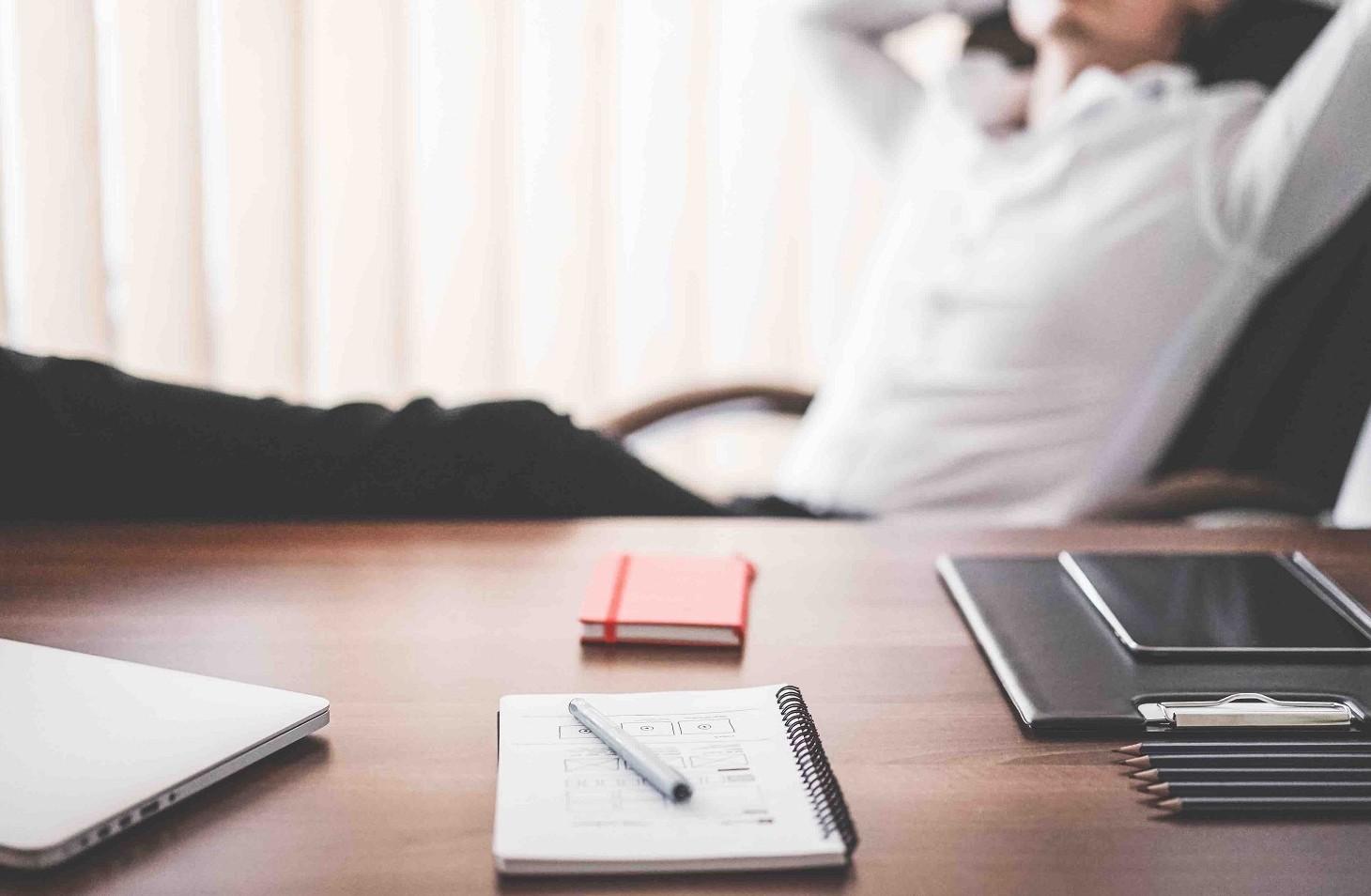 Contratto di somministrazione, vantaggi e svantaggi per lavoratore