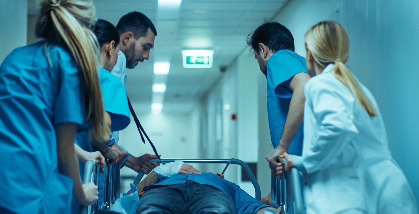 Contratto medici ospedalieri stipendi, livelli, ferie, malattie, permessi, aspettativa