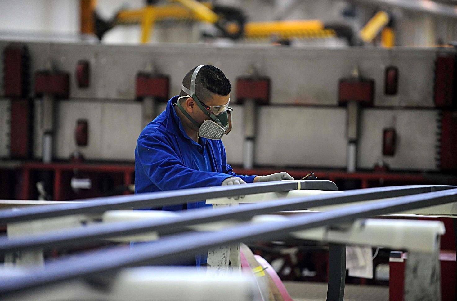 Contratto metalmeccanici artigiani stipendi, livelli, permessi, malattie, ferie, licenziamento