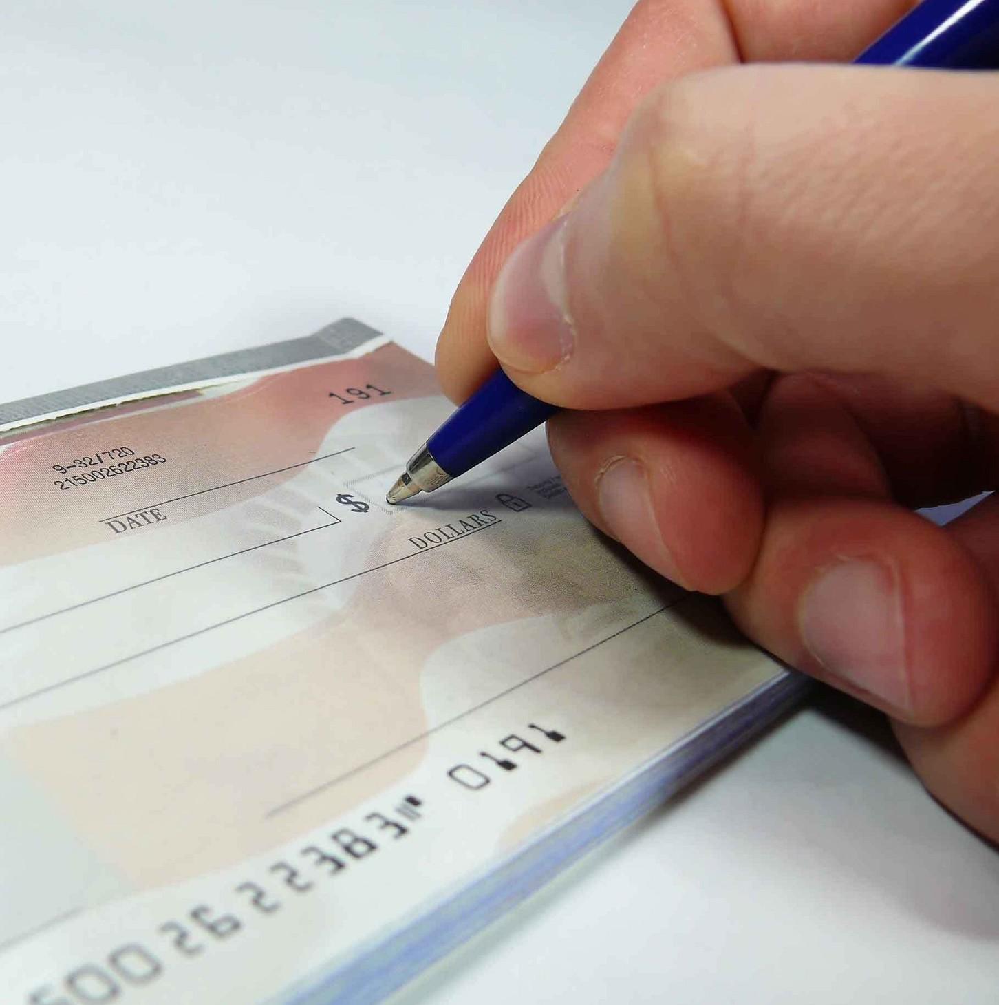 Cosa fare per annullare un assegno postdatato