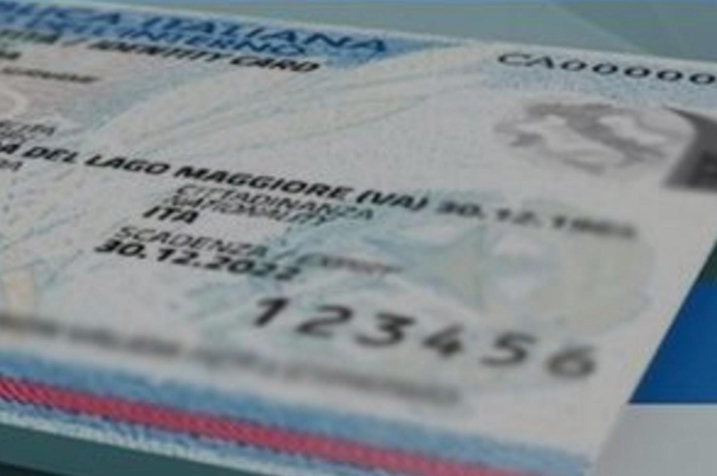 Cosa fare se carta identità, passaporto o patente persi o rubati all'estero