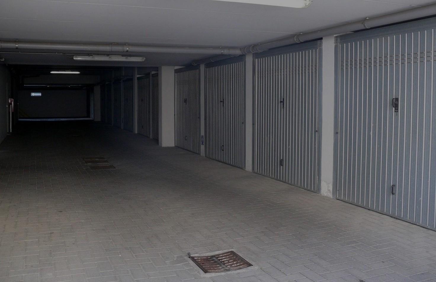 garage-vendita-grosseto, box auto centro Grosseto