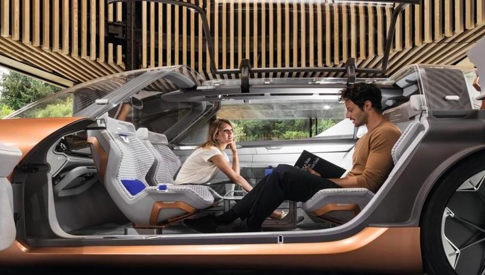 Dalla guida assistita alla guida autonoma: i 5 livelli