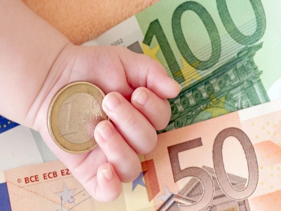 Detrazioni e bonus per i figli, le novità per il 2019