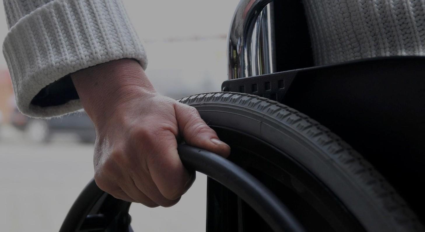 Elenco aiuti per chi assiste un familiare invalido 2019 di cui si può fare domanda INPS