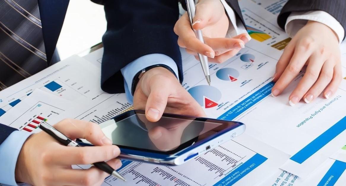 Fondi di investimento o ETF cosa conviene di più. I pro e contro