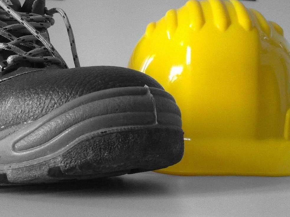 Infortunio sul lavoro: risarcimento Inail, denuncia, controlli
