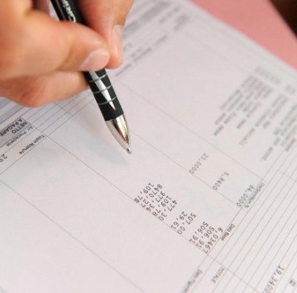 Lavorare nel commercio, come funziona il contratto e regole attuali