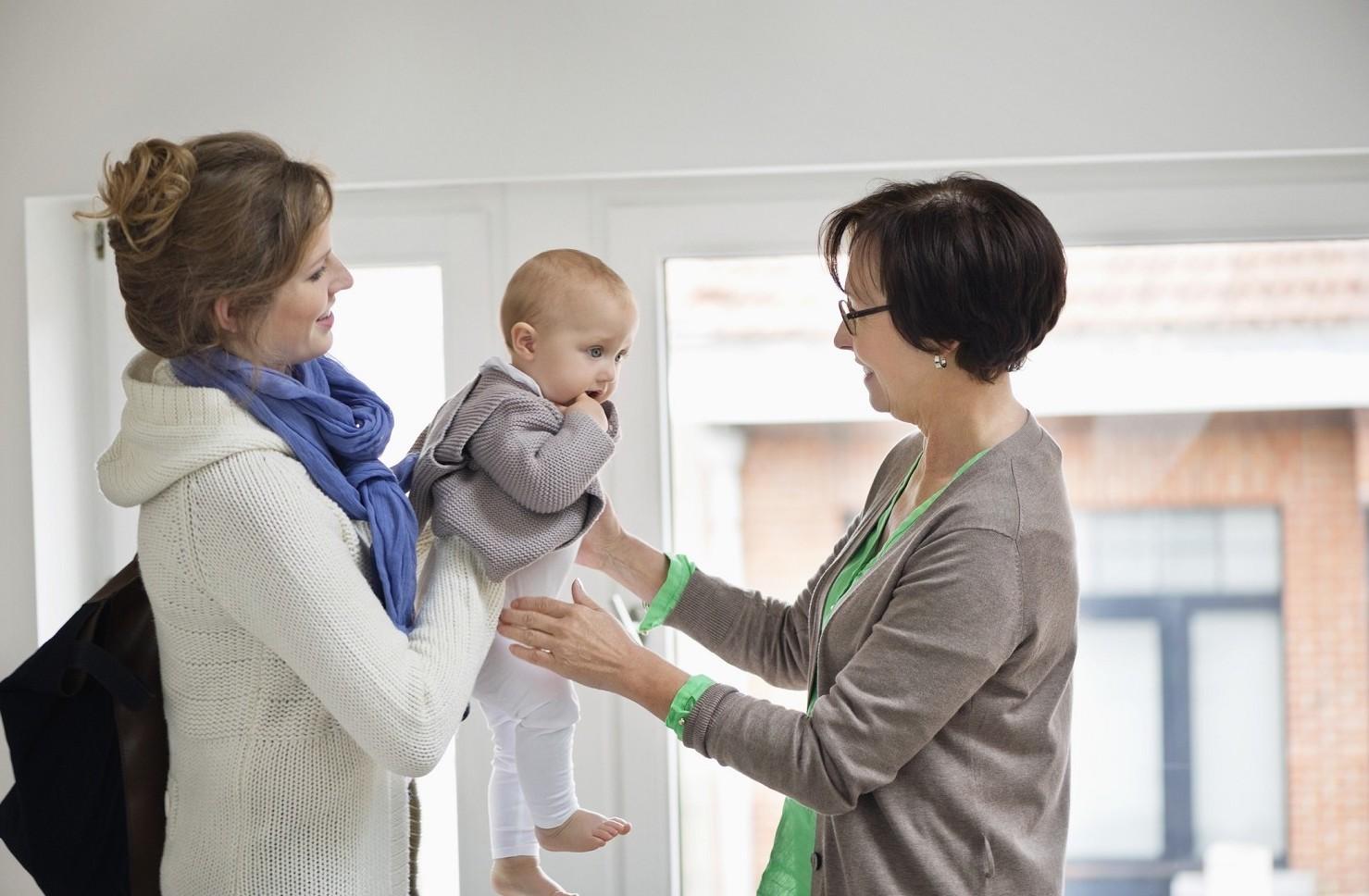 Libretto Famiglia 2019-2020 come funziona per pagare badante, colf, baby sitter