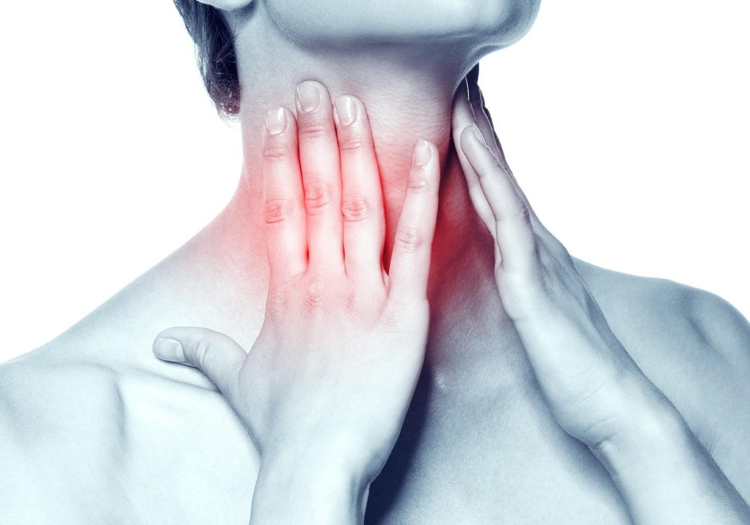 Mal di gola: 8 rimedi naturali per bambini e adulti