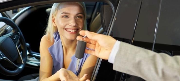 Passaggio di proprietà auto: quanto costa e chi paga