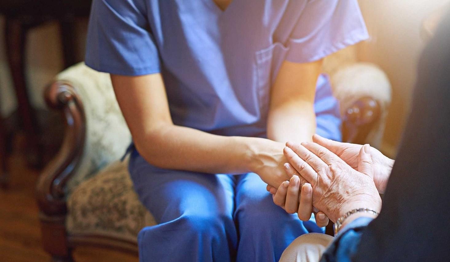 Pensione anticipata per chi assiste familiari disabili