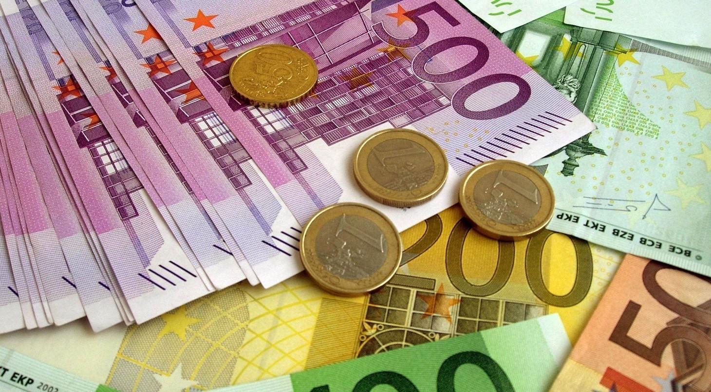 Prestiti, pagamento con poco ritardo ma segnalazioni al Crif come cattivi pagatori lo stesso