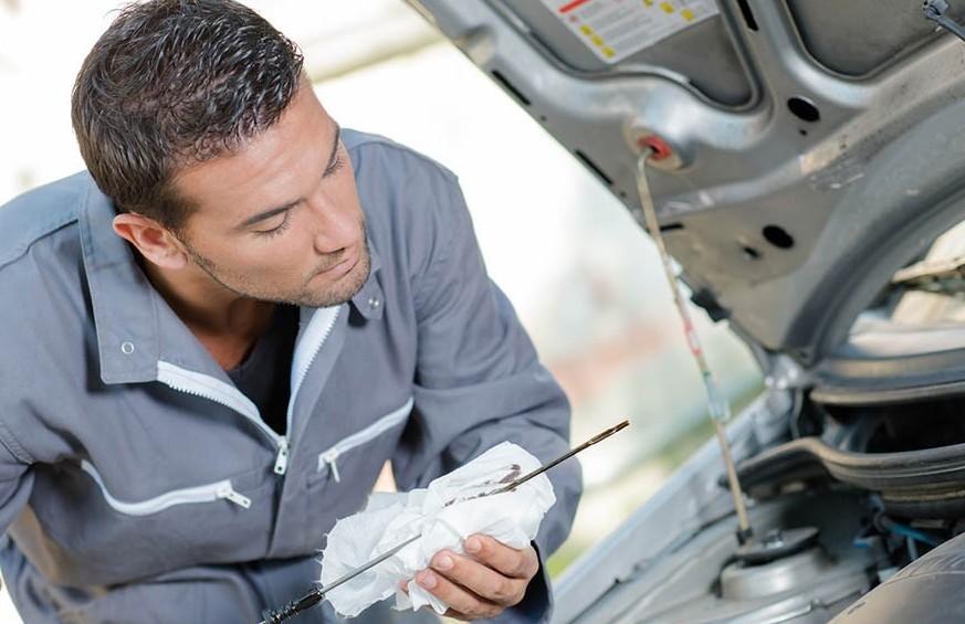 Quali controlli si fanno con il tagliando dell'auto