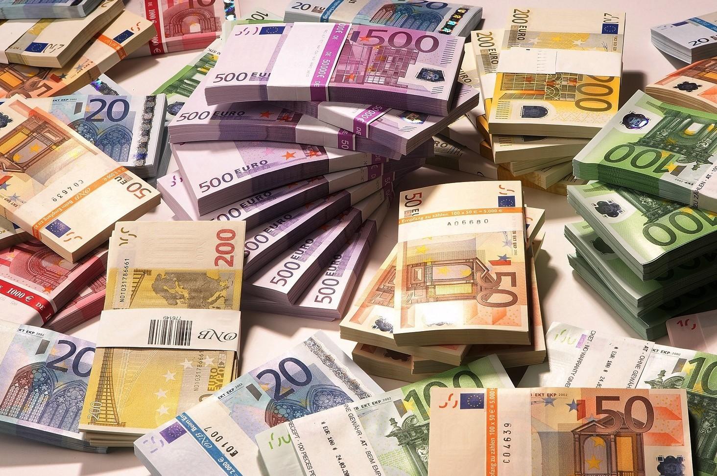 Quanto costa successione da notaio, tariffe e costi medi 2019-2020