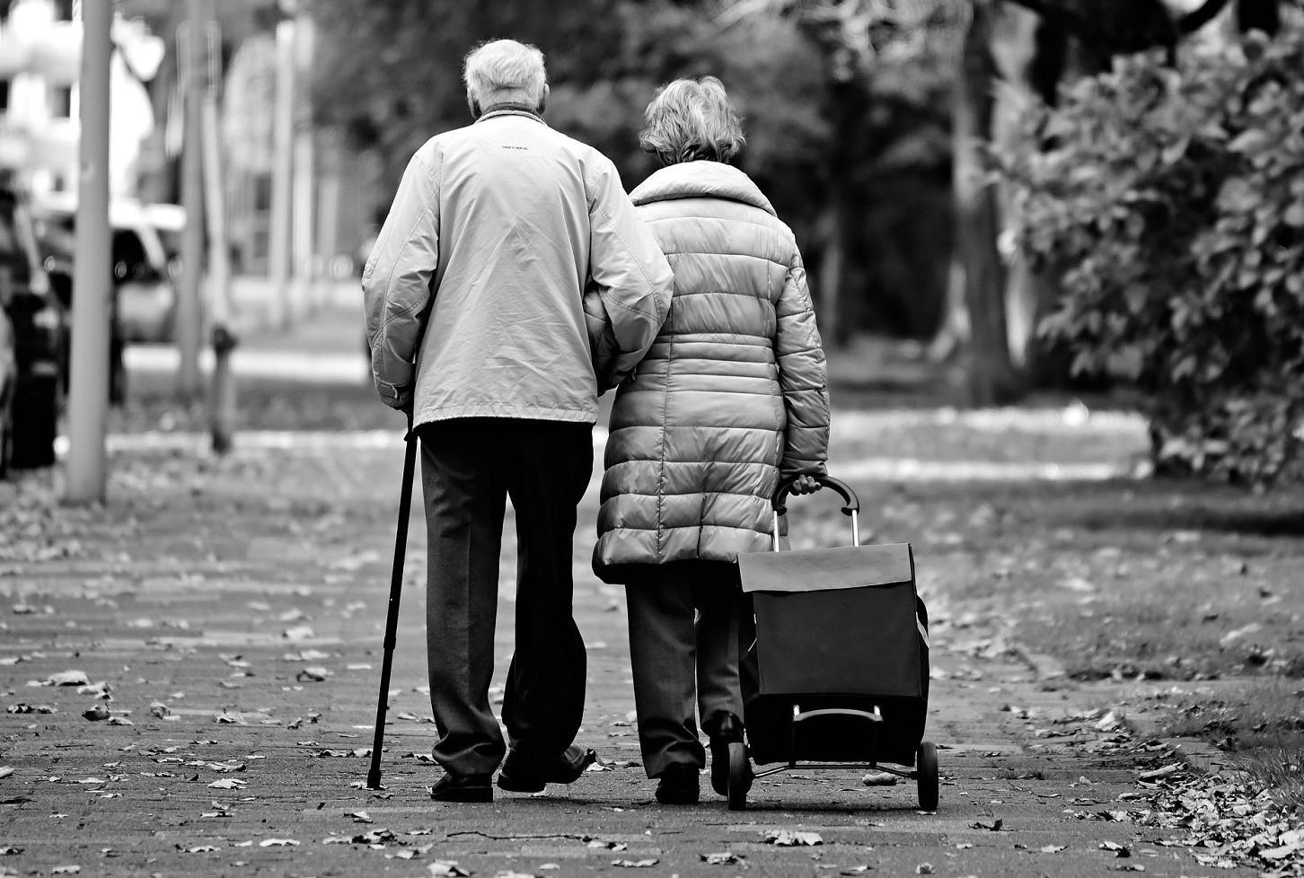 Si può sfrattare da casa anziano o famiglia con anziano. Leggi e normative se possibile o no