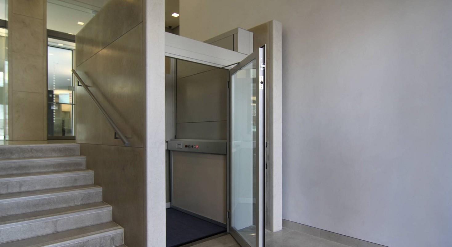 Si può usare ascensore condominio per lavori in casa o no