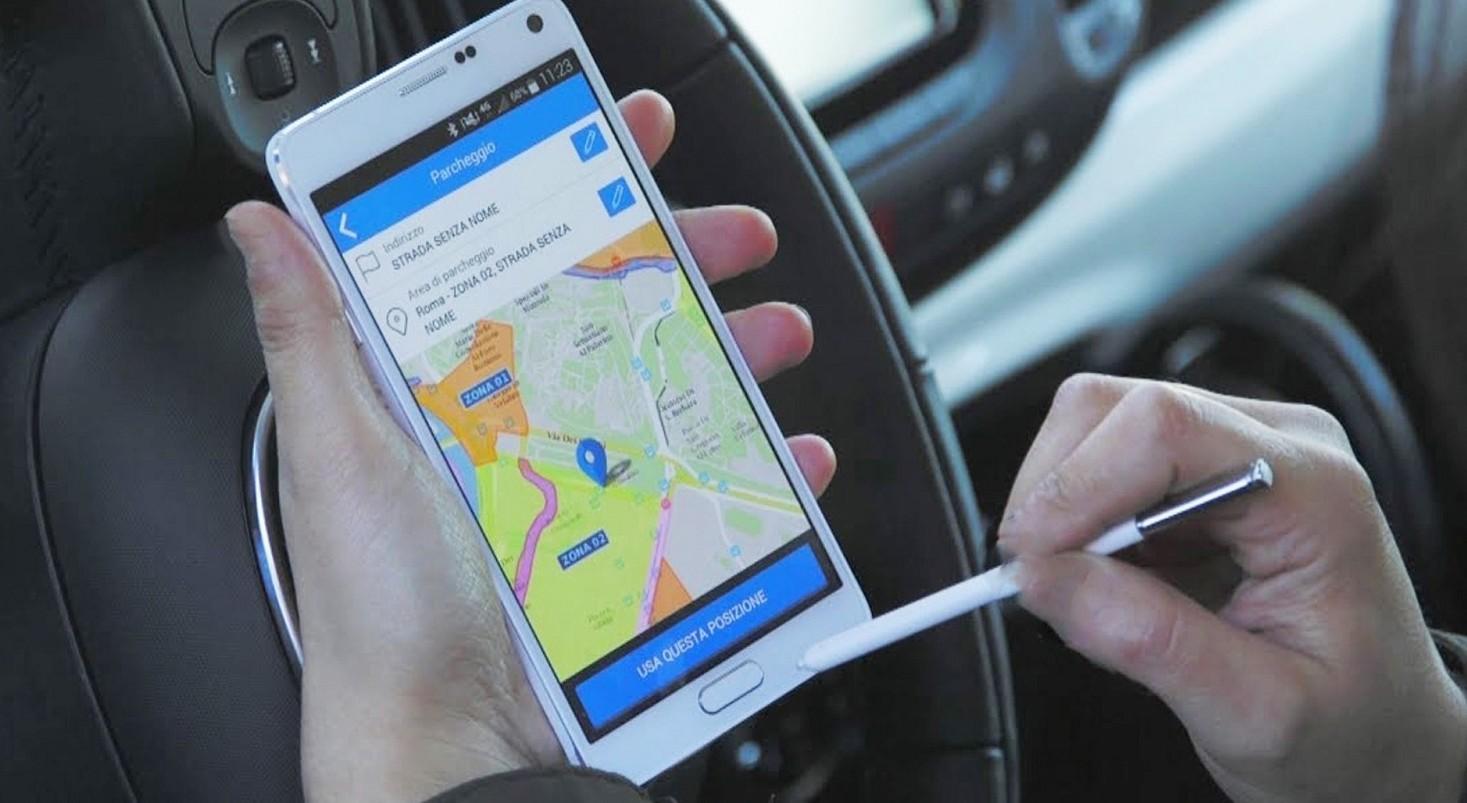 Telepass Pay come funziona, costi, parcheggi strisce blu. Conviene?