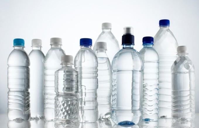 Acqua minerale contaminata da batterio i