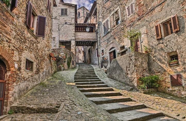 Airbnb rilancia decine borghi italiani c