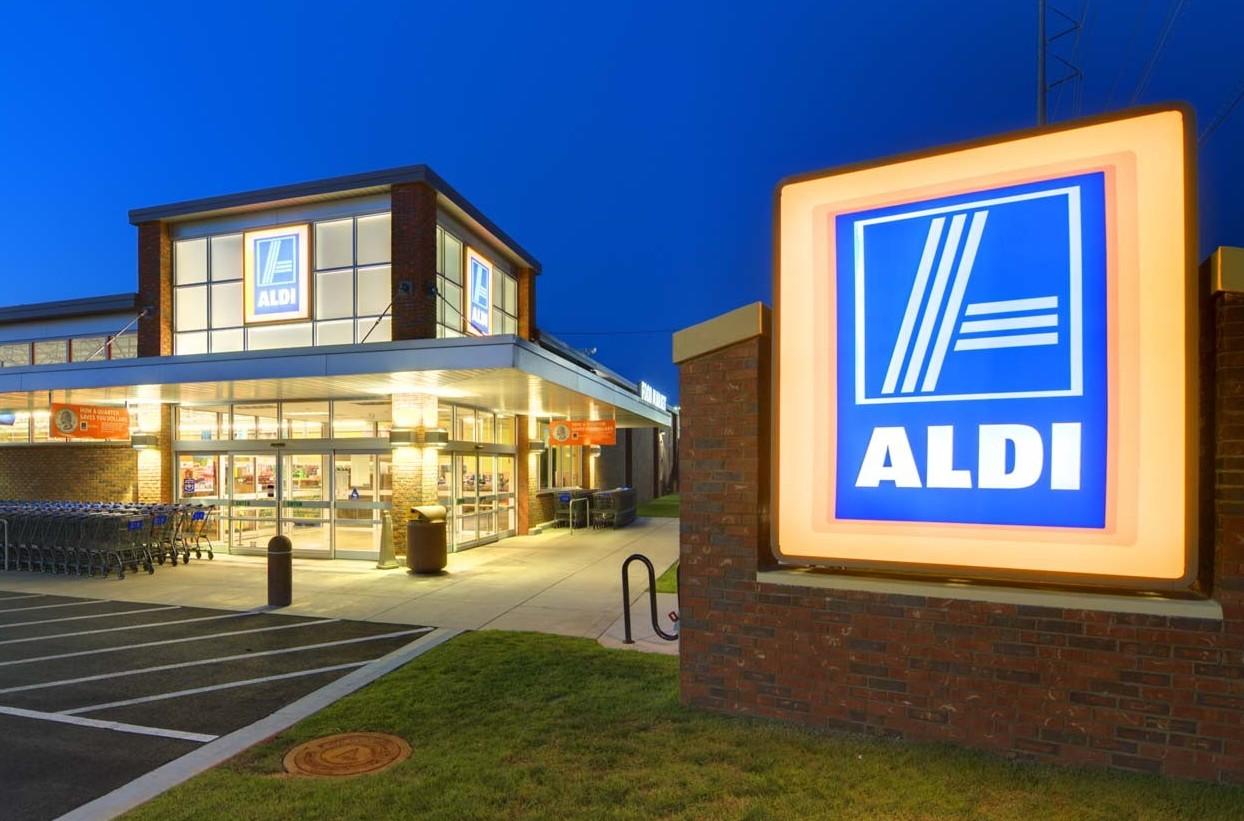 Aldi lancia 45 negozi nella penisola. E