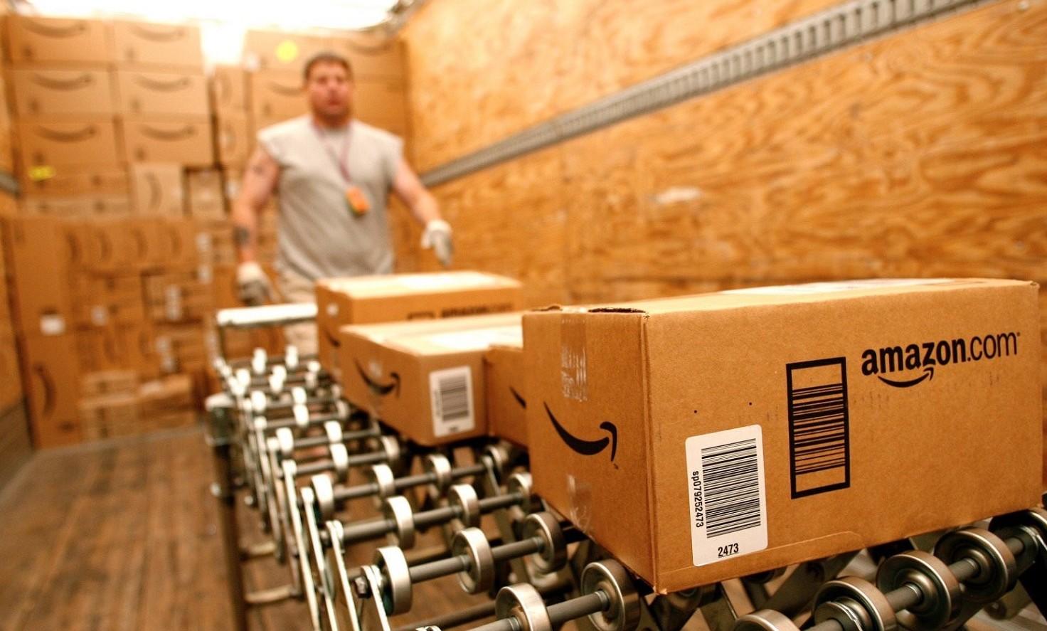 Amazon crea o distrugge pi� posti di lav