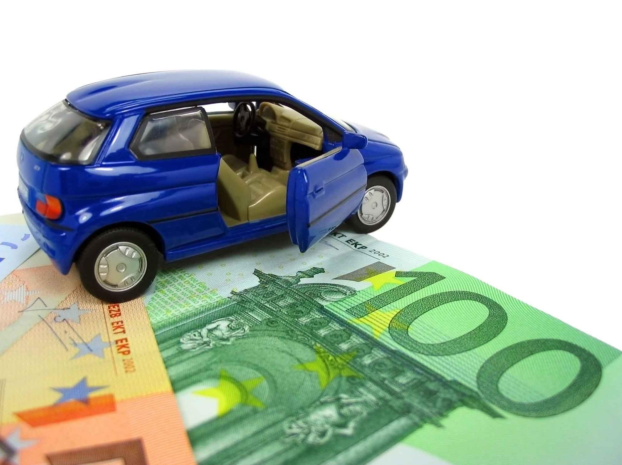 Assicurazione rc auto già scaduta e non