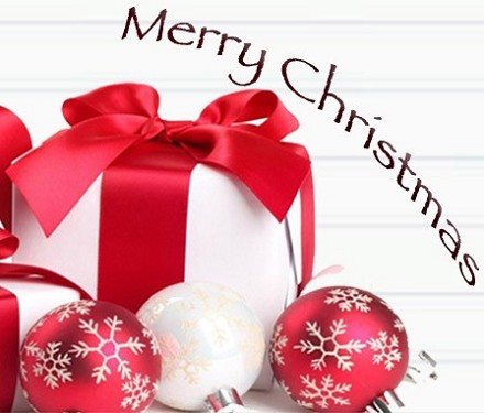 Frasi Auguri di Natale strani: messaggi,