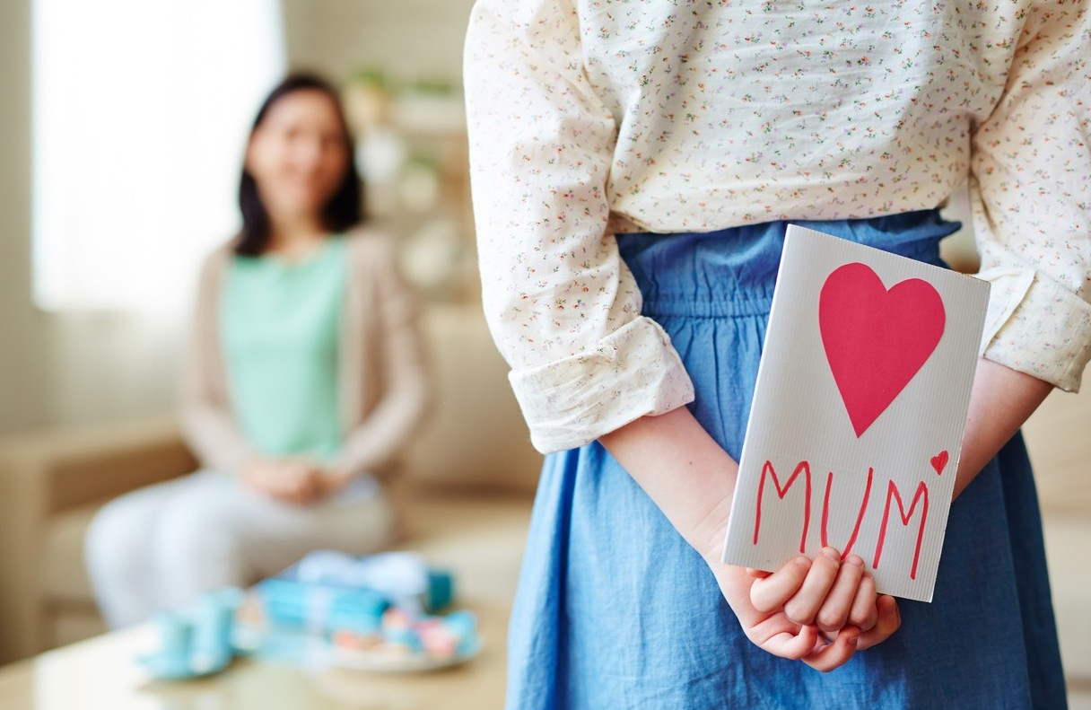 Auguri Festa della Mamma pensieri, frasi