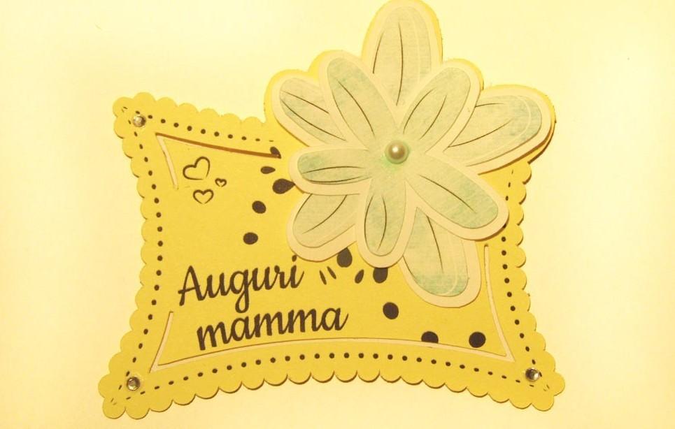 Auguri Festa della Mamma: immagini, fras