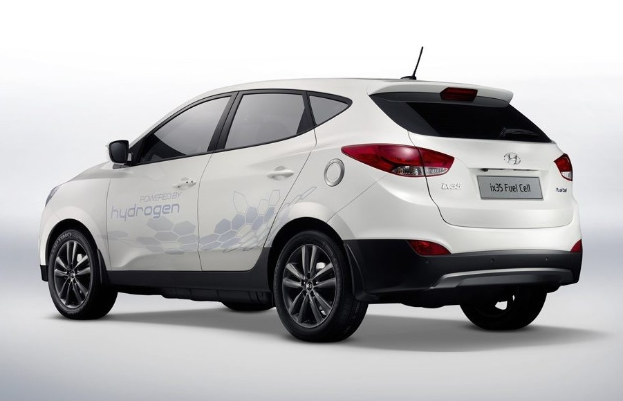 Auto a idrogeno: 1800 chilometri con la