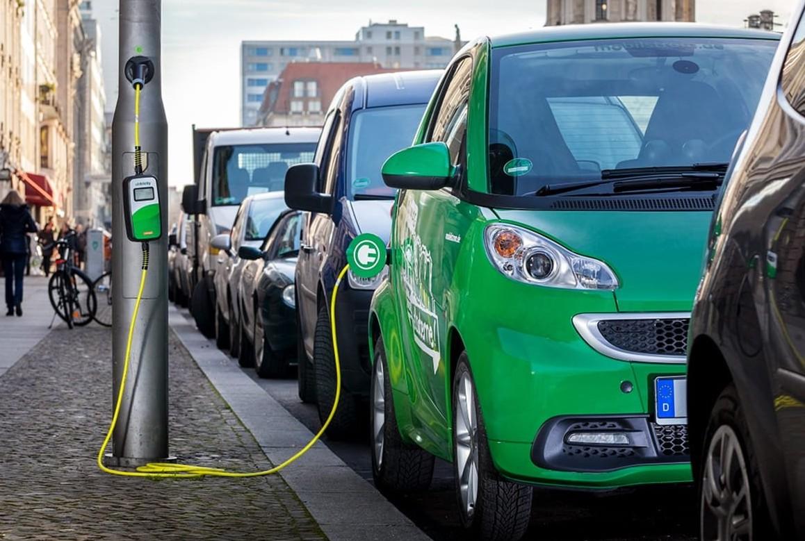 Auto benzina, diesel o ibride? Auto migl