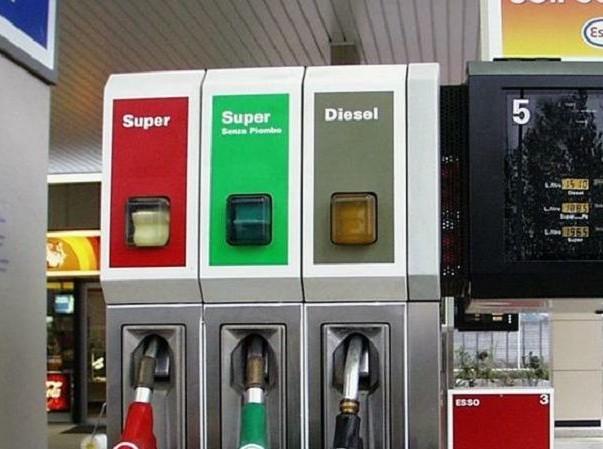 Auto benzina sopravanzano le diesel. E b