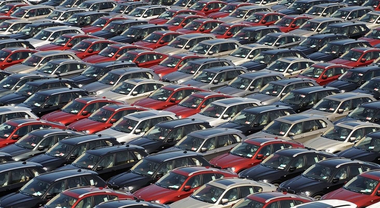 Auto comprare a prezzi più bassi, tutti