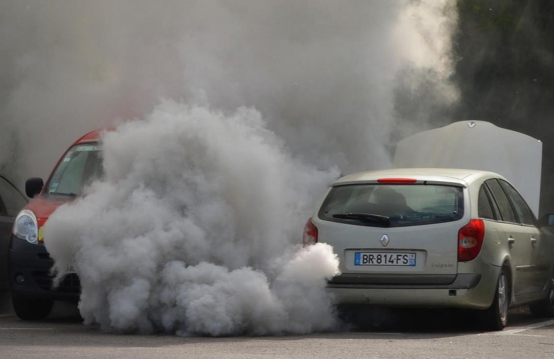 Auto diesel, rincari per rc auto e bollo