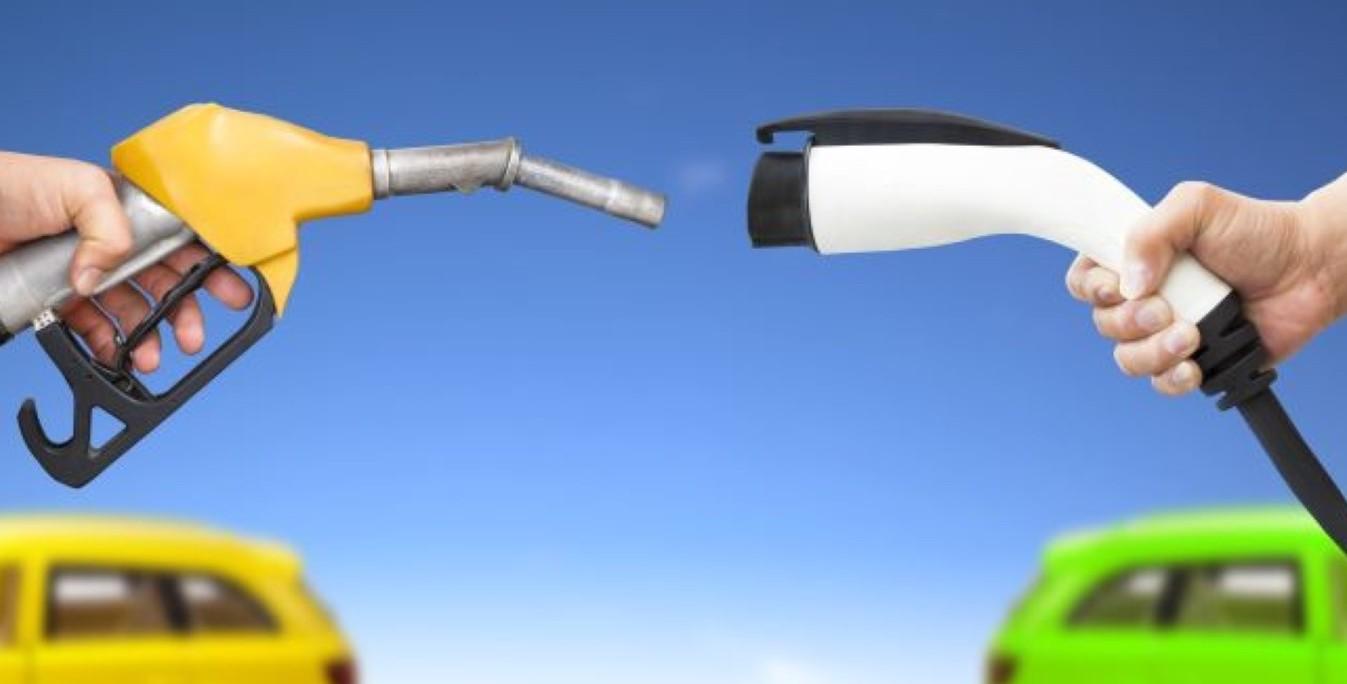 Auto elettrica, i pro e contro. Incentiv